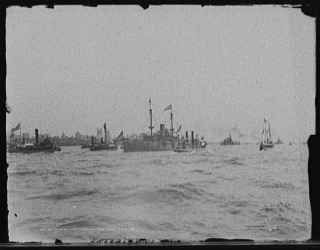 Return of Santiago fleet, New York Harbor, Aug. 20, 1898