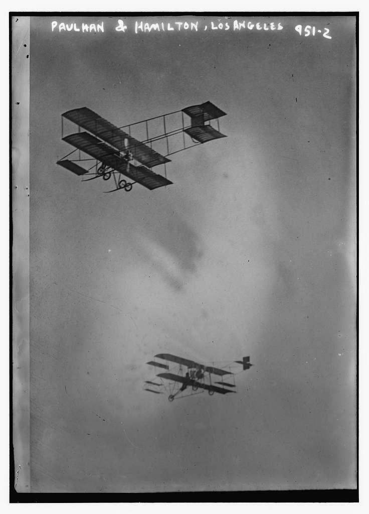 Paulhan and Hamilton aeroplanes in flight, Los Angeles
