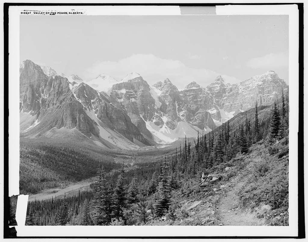 Valley of the Peaks, Alberta