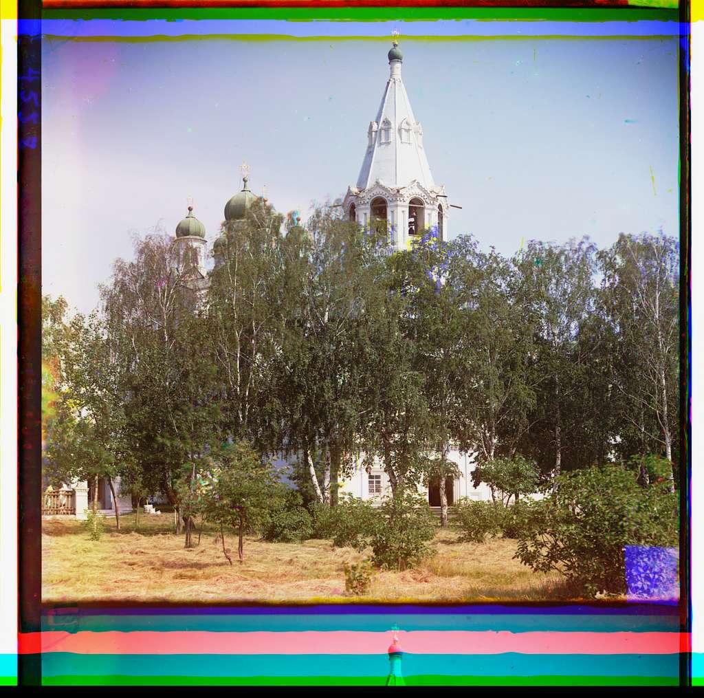 Uspenskīĭ sobor v Dalmatovskom monastyri︠e︡