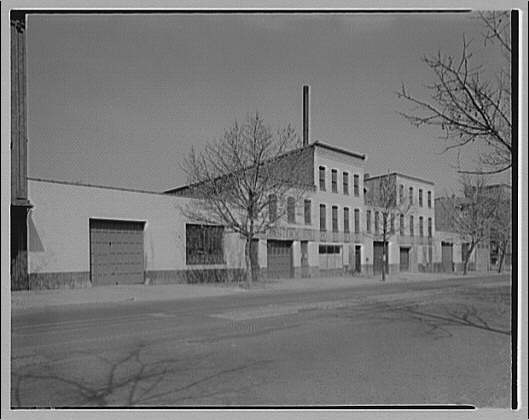 Griffith Consumers Co. Exterior of Rock Creek Bottling