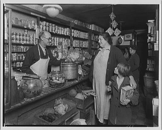 Grocery store of Fred Gauer, 117 Hare St., Baltimore. Interior of Fred Gauer's grocery store, meat counter II