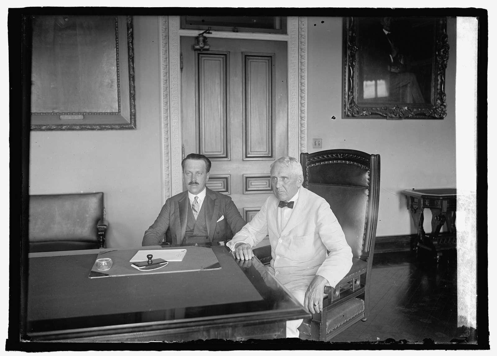 Count Alexander Skrzynski and Kellogg, 71725