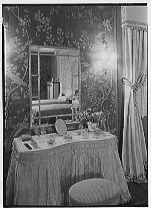 John N. Conyngham, Hayfield Farm, residence in Lehman Township, Pennsylvania. Blue bedroom, dressing table II