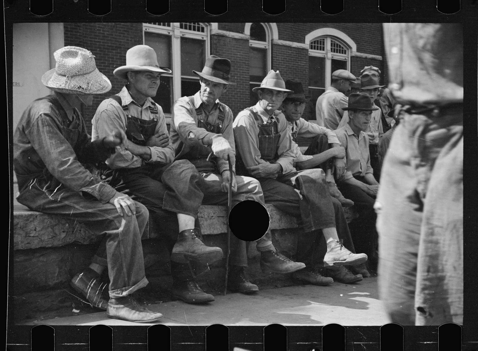 Untitled photo, possibly related to: Loafers' wall, by courthouse, Batesville, Arkansas