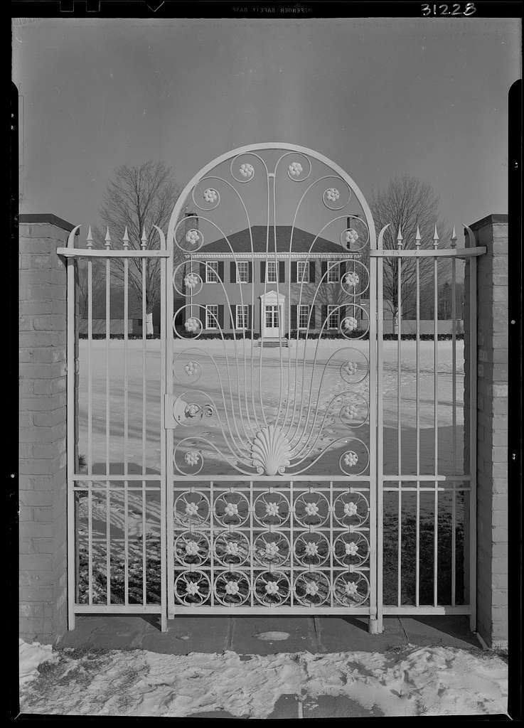 Mrs. Ruby Boyer Miller, residence at 50 Provencal Pl., Grosse Pointe Farms, Michigan. South facade through gates II