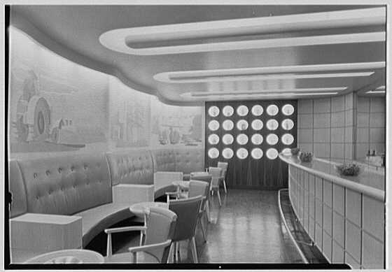 Seagram's Distillers Corp., Chrysler Building, New York City. General view of barroom