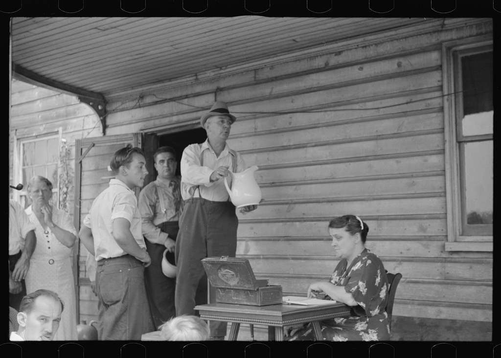 Untitled photo, possibly related to: Auction sale of house and household goods, York County, Pennsylvania