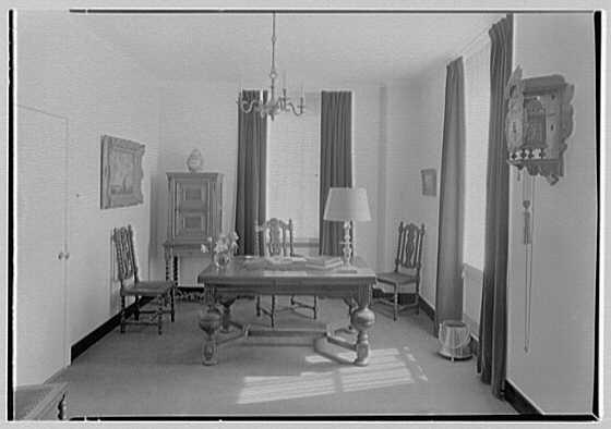 Holland House, 10 Rockefeller Plaza, New York City. President's room II