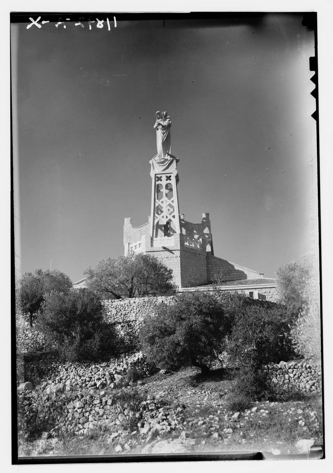 Church of the Apparition in Deir el Azhar at Abu Ghosh. Statue of the Virgin & Child Jesus, close up
