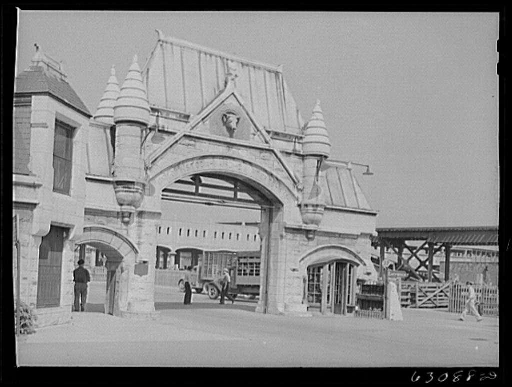 Entrance to Union Stockyards. Chicago, Illinois