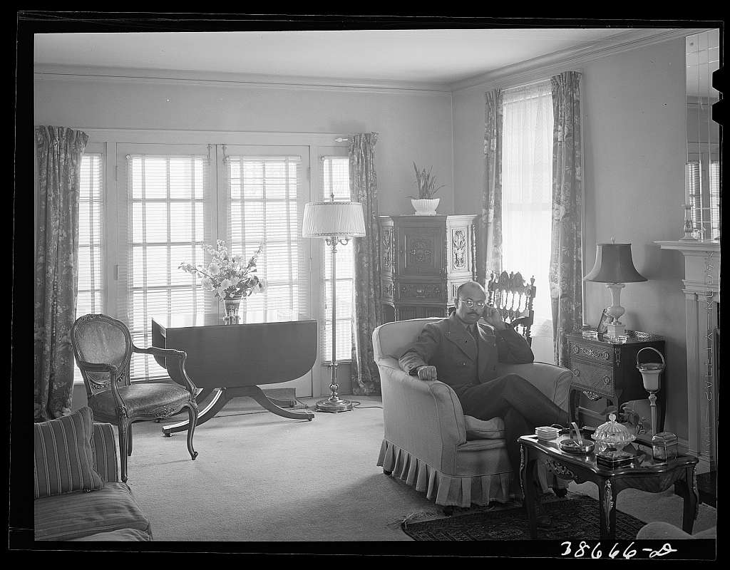 Living room in home of well-to-do Negro. Chicago, Illinois