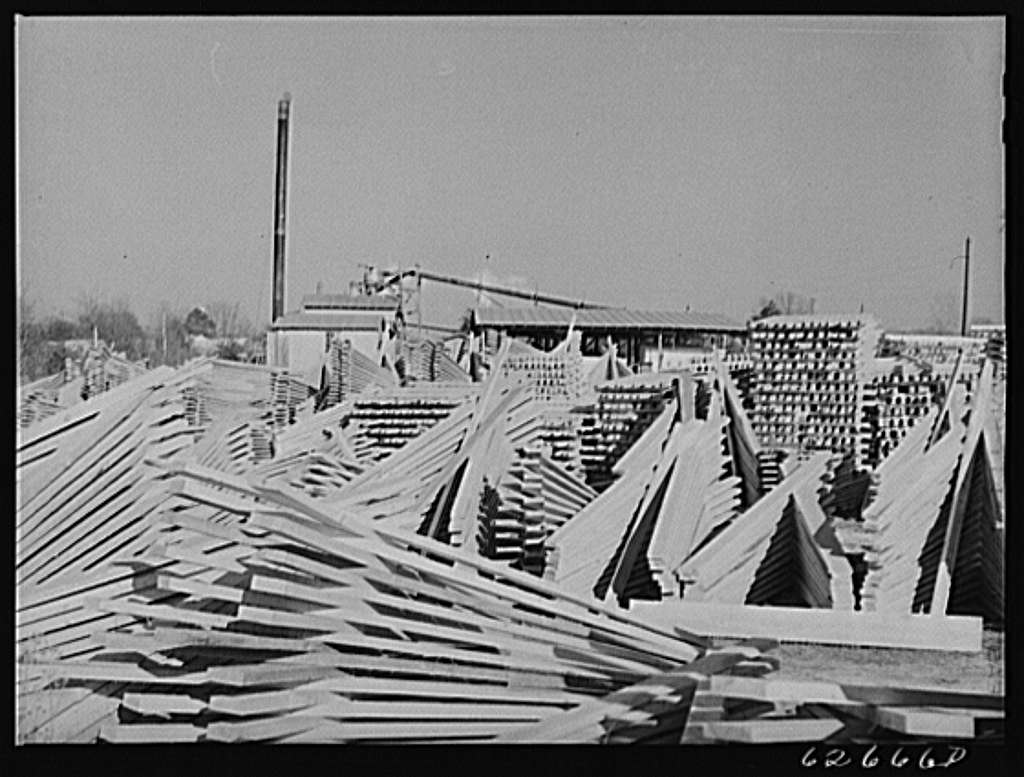 Lumber mill. Tappahannock, Virginia