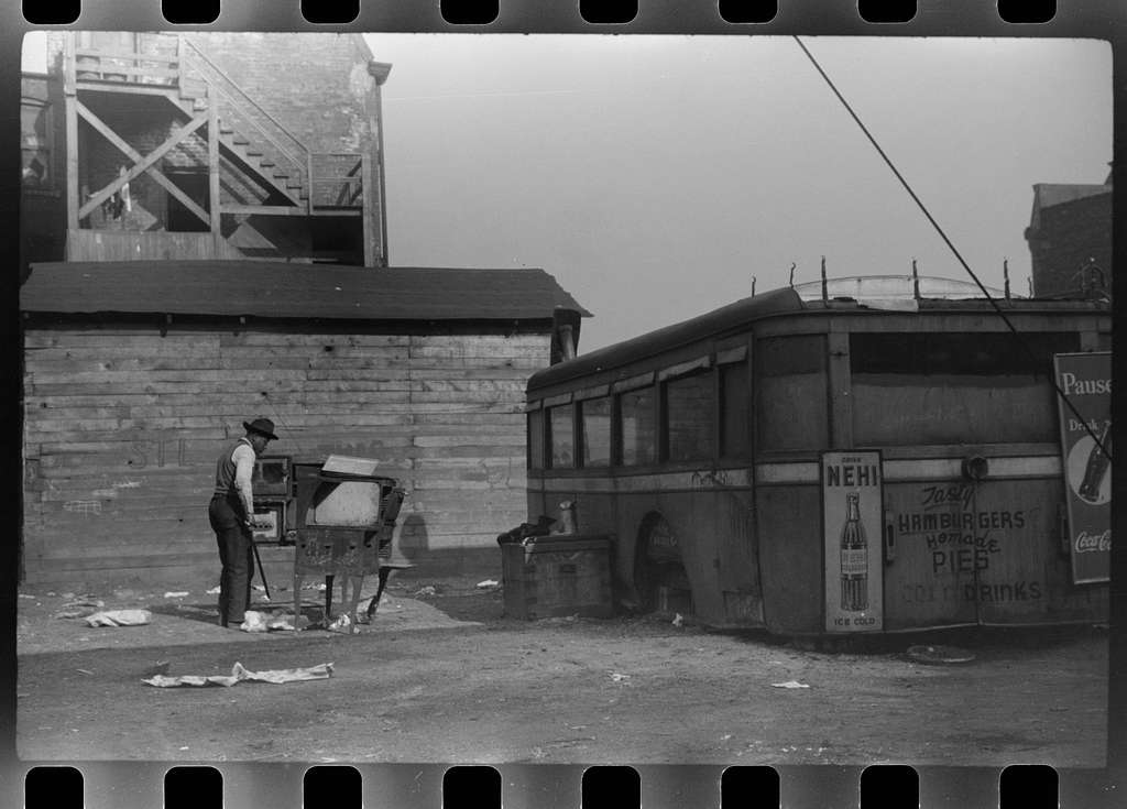 Lunch wagon for Negroes, Chicago, Illinois
