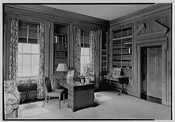 Ralph Holmes, residence on Merriebrooke Ln., Stamford, Connecticut. Library, to desk