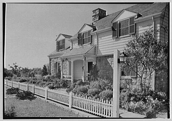 George H. Salaway, residence on Dorchester Rd., Scarsdale, New York. Entrance facade from right