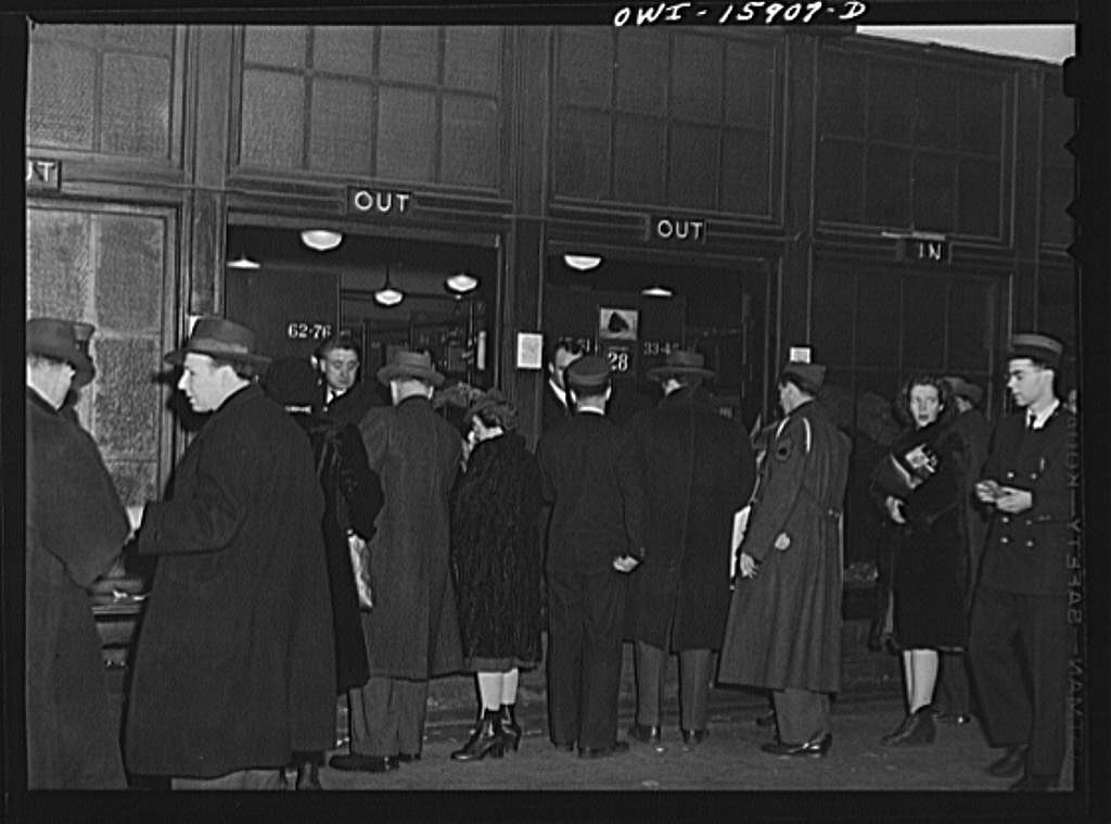 Chicago, Illinois. Passengers getting their baggage at Union Station