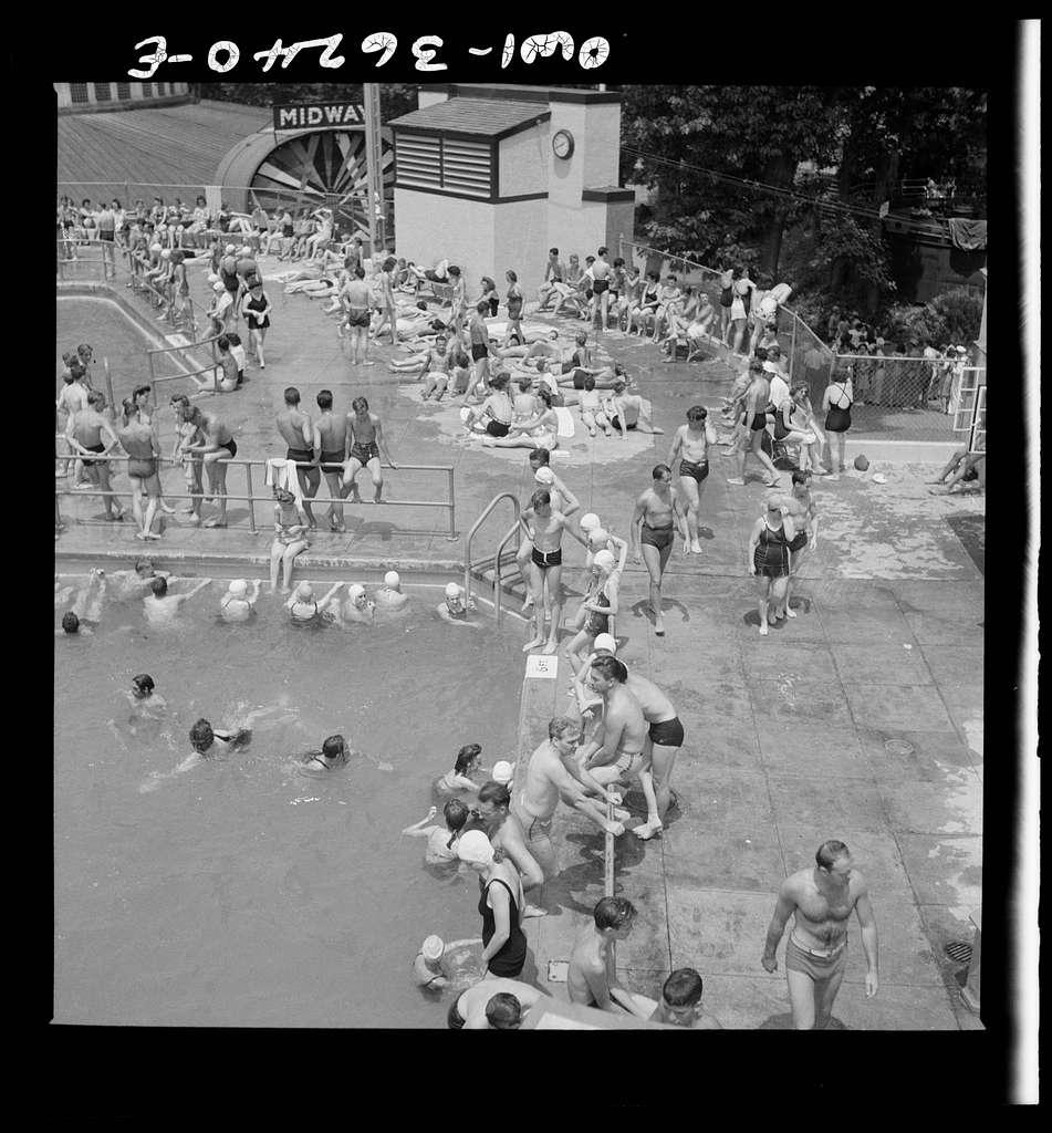 Glen Echo, Maryland. The swimming pool in the Glen Echo amusement park