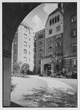 Leslie Apartments, Forest Hills, Long Island. Entrance through arch