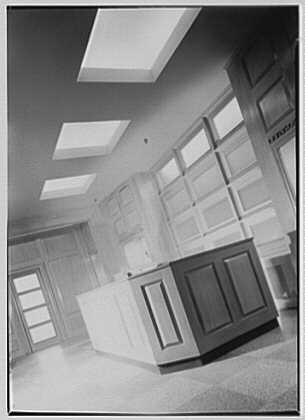Levinsohn Brothers & Co., 79 5th Ave., New York City. Foyer, vertical oblique