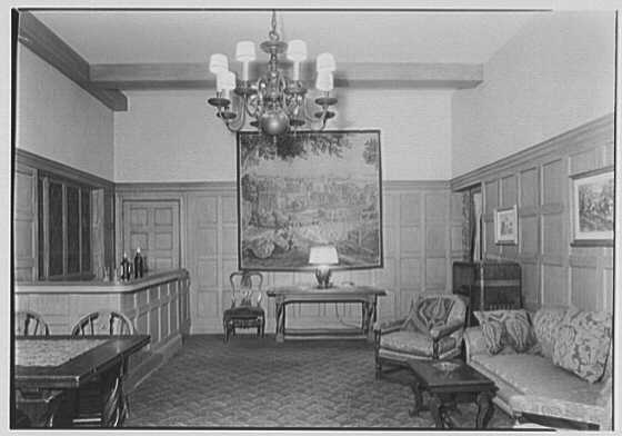 Whist Club, 6 E. 61st St., New York City. Foyer, to bar