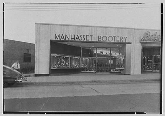Manhasset Bootery, business at 505 Plandome Rd., Manhasset, Long Island. General exterior