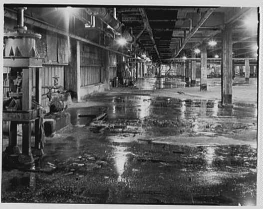 Dominion Alkali & Chemical Co., Ltd., Beaunhois i.e. Beauharnois, Canada. View to gas disposal (Ralph Lamie)