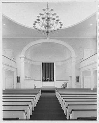 Hill's Chapel, Smith College, Northampton, Massachusetts. Vertical axis view to chancel
