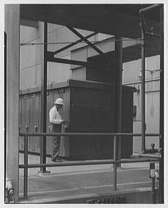 Public Service of New Jersey, Bergen station. Low voltage switch gear II