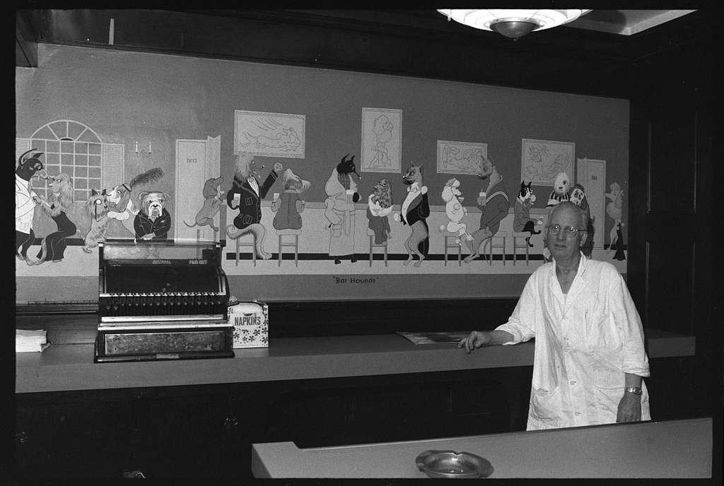 Reider Rosenvinge; Bjuhr's Swedish bakery, Chicago, Illinois