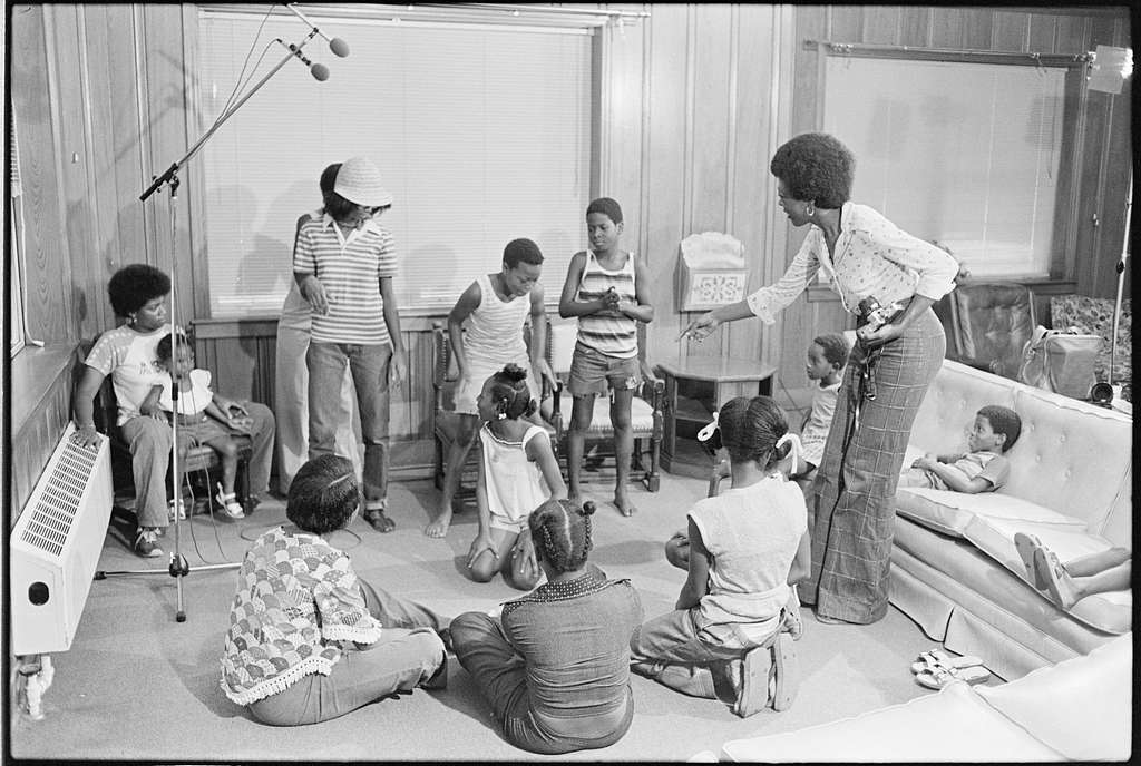 Session of Hand Games organized by Beverly Robinson