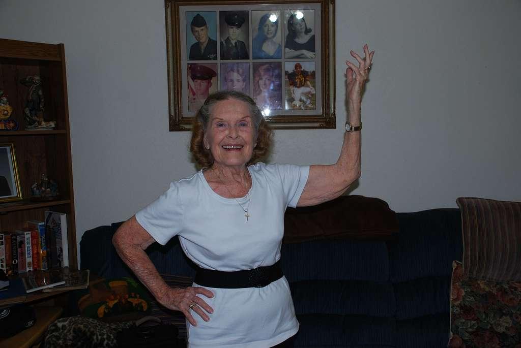 Mary Rawls interview conducted by Tanya Ducker Finchum and Juliana M. Nykolaiszyn, 2011-06-13