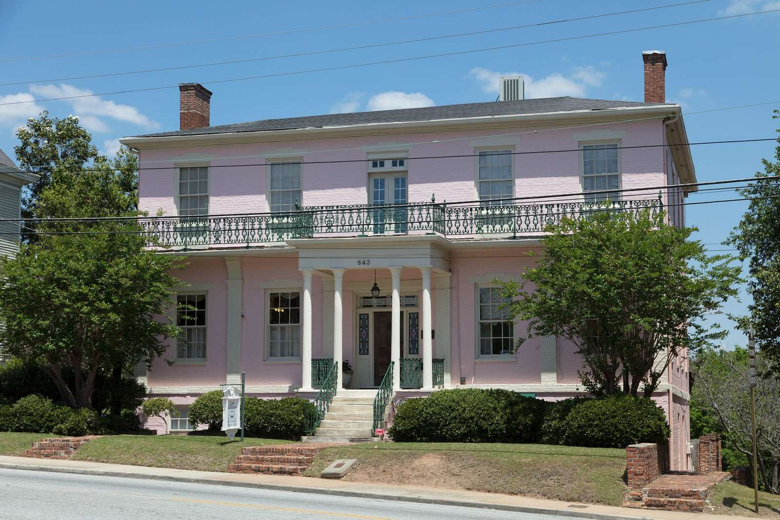 The historic Green-Poe House in Macon, Georgia, was built by physician James Mercer Green, who ran Macon's Academy for the Blind, in 1840