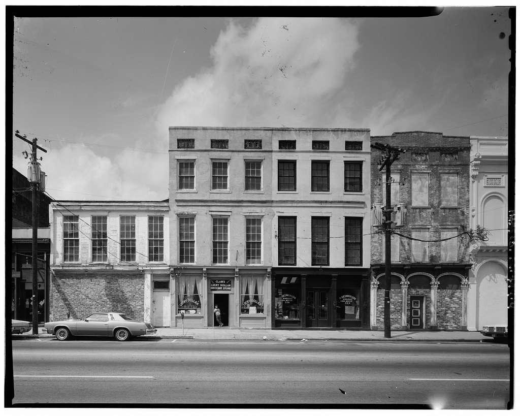 200 Block Meeting (Commercial Building), 207-235 Meeting Street, Charleston, Charleston County, SC
