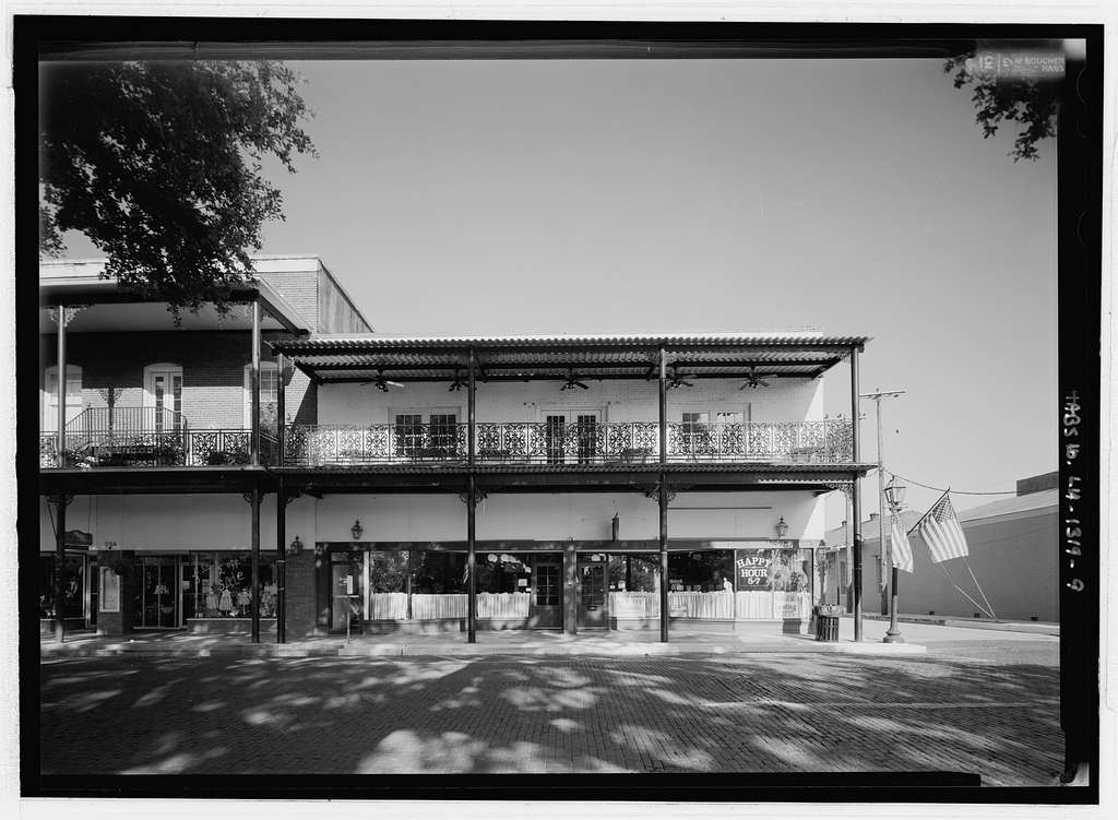 Front Street (Commercial Buildings), Natchitoches, Natchitoches Parish, LA