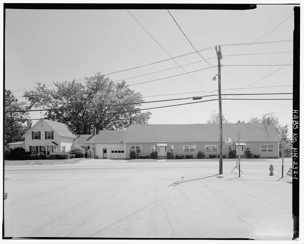 Lamprey House, South side of Dover Road, 0.05 mile east of Goboro Road, Epsom, Merrimack County, NH
