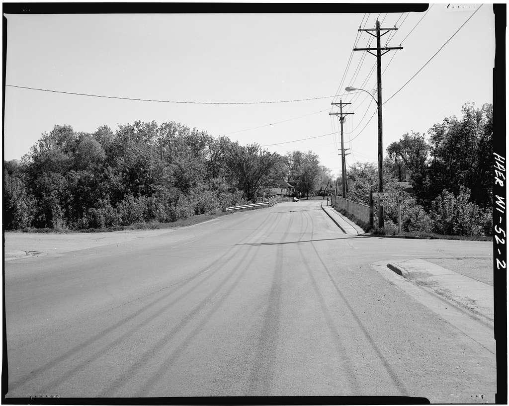 Cedar Street Bridge, Spanning Kinnickinnic River, on Cedar Street, River Falls, Pierce County, WI
