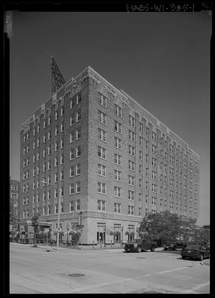 Ambassador Hotel, 2308 West Wisconsin Avenue, Milwaukee, Milwaukee County, WI
