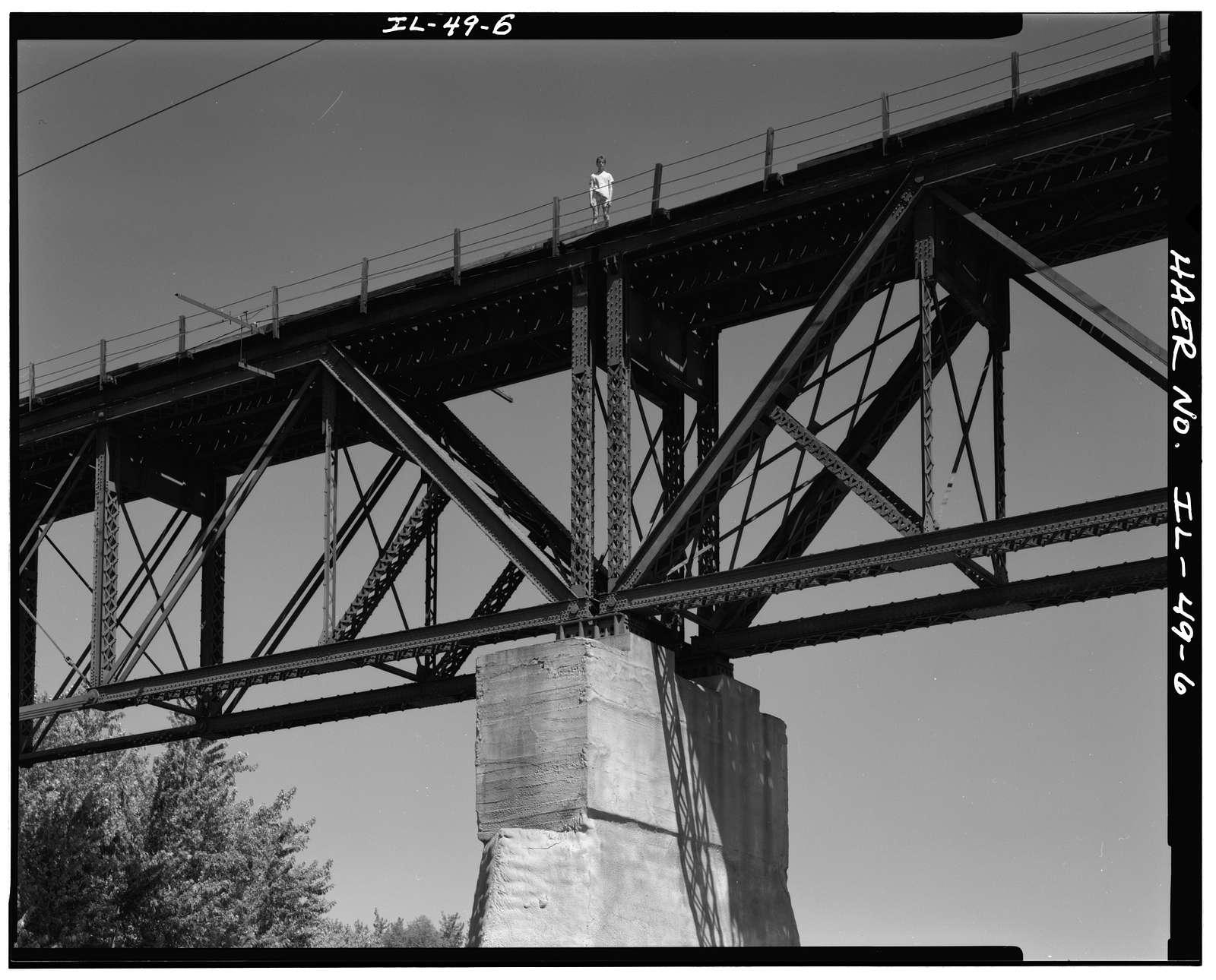 Illinois Central Railroad, Illinois River Bridge, Spanning Illinois River, La Salle, La Salle County, IL