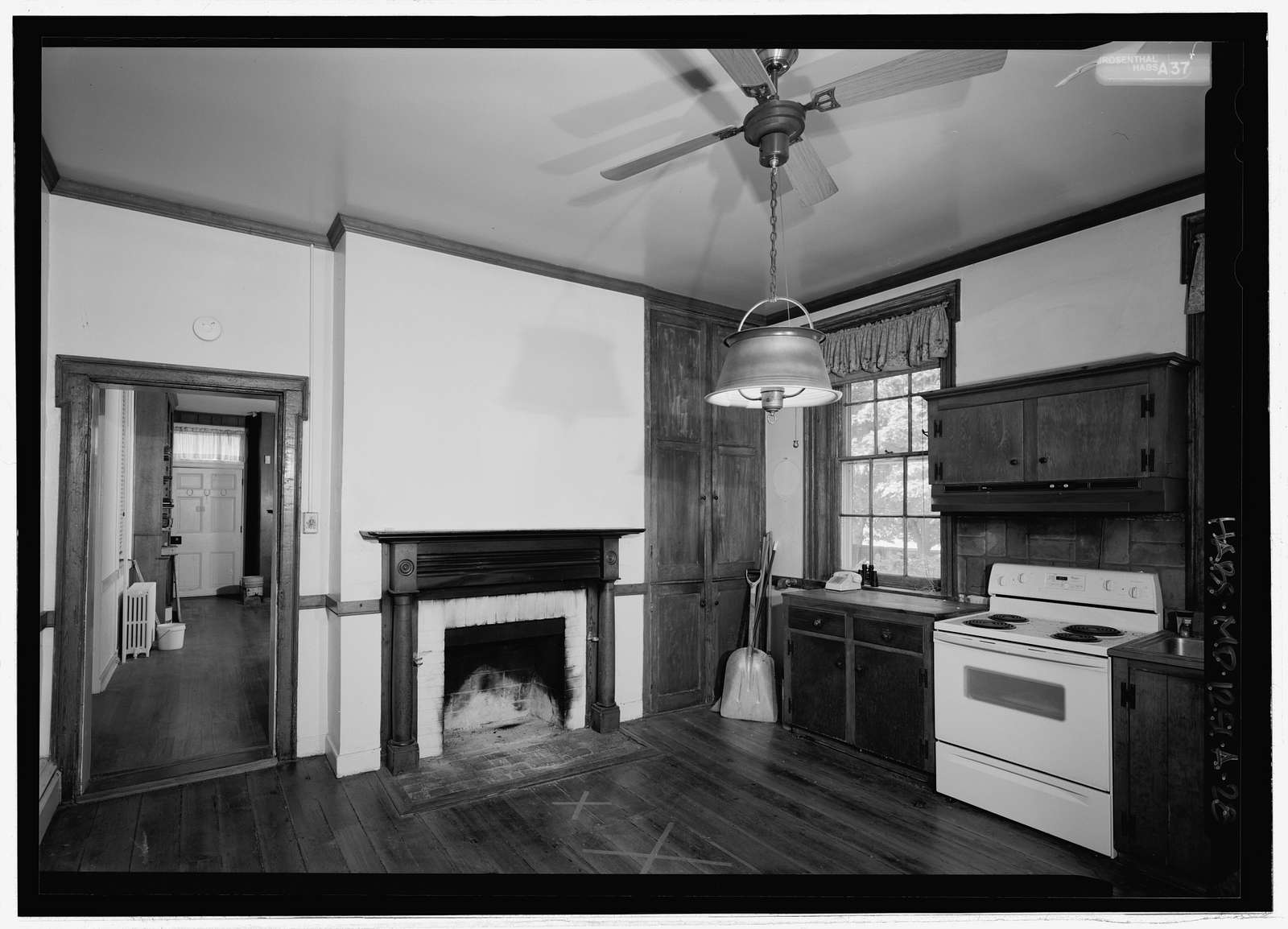 Thomas Farm, House, 4632 Araby Church Road, Frederick, Frederick County, MD