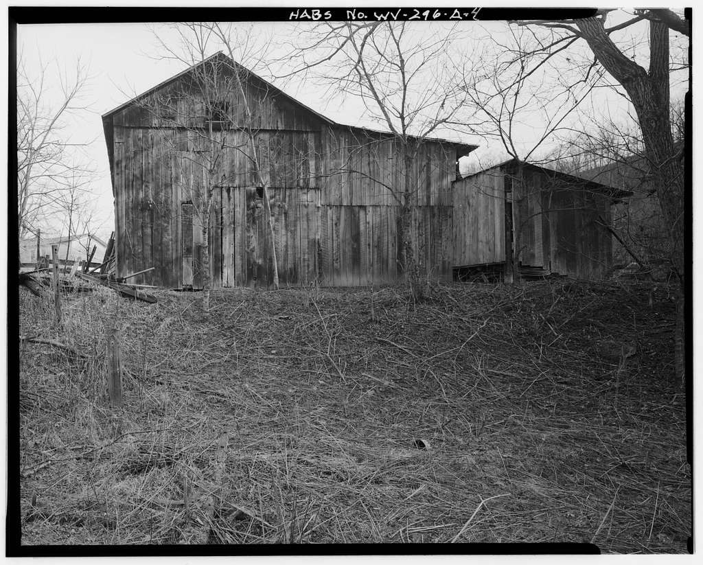 Woods Homestead, Barn, County Route 12 on north side of North Fork of Hughes River, 2.2 miles north & east of Goose Run Road intersection, Harrisville, Ritchie County, WV