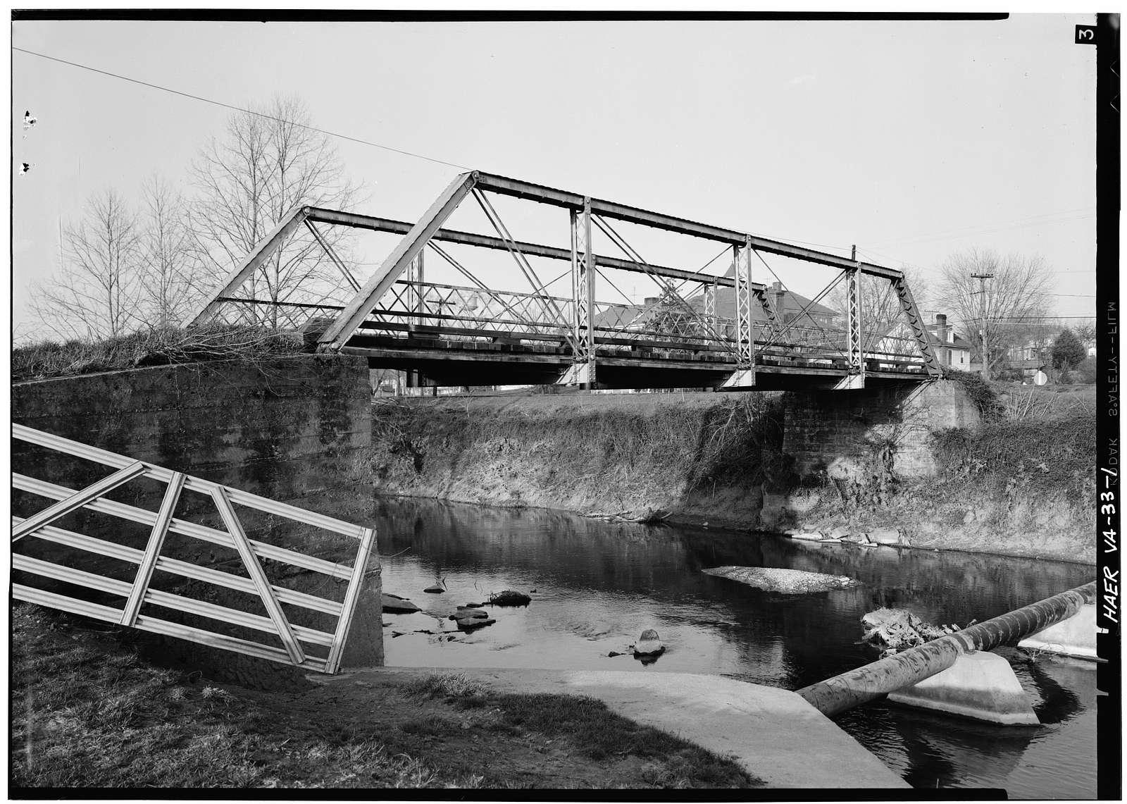 Daphna Creek Pratt Truss Bridge, State Route 1414, Holly Hill Street, Spanning Dahna Creek, Broadway, Rockingham County, VA