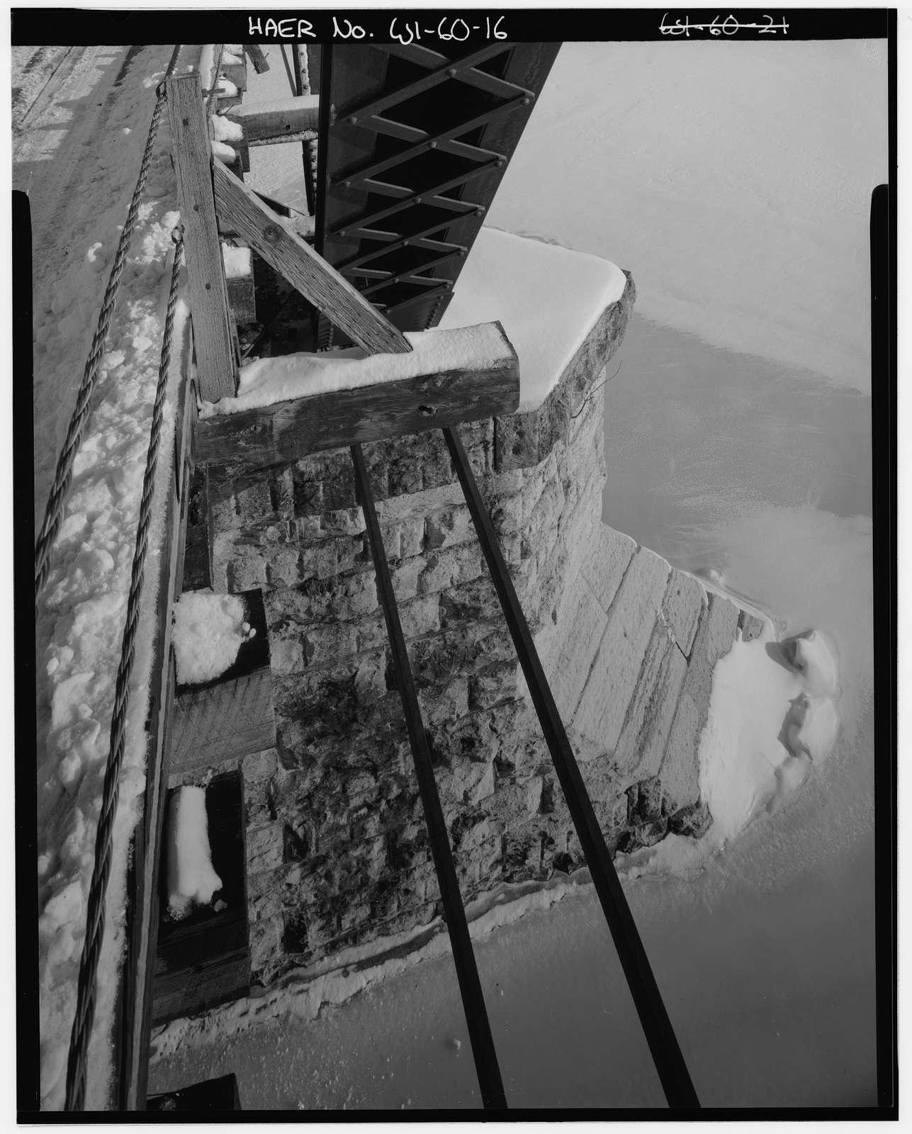 "Wisconsin-Michigan Railroad Bridge, Spanning Menominee River, on County Trunk Highway ""JJ"", Wagner, Marinette County, WI"