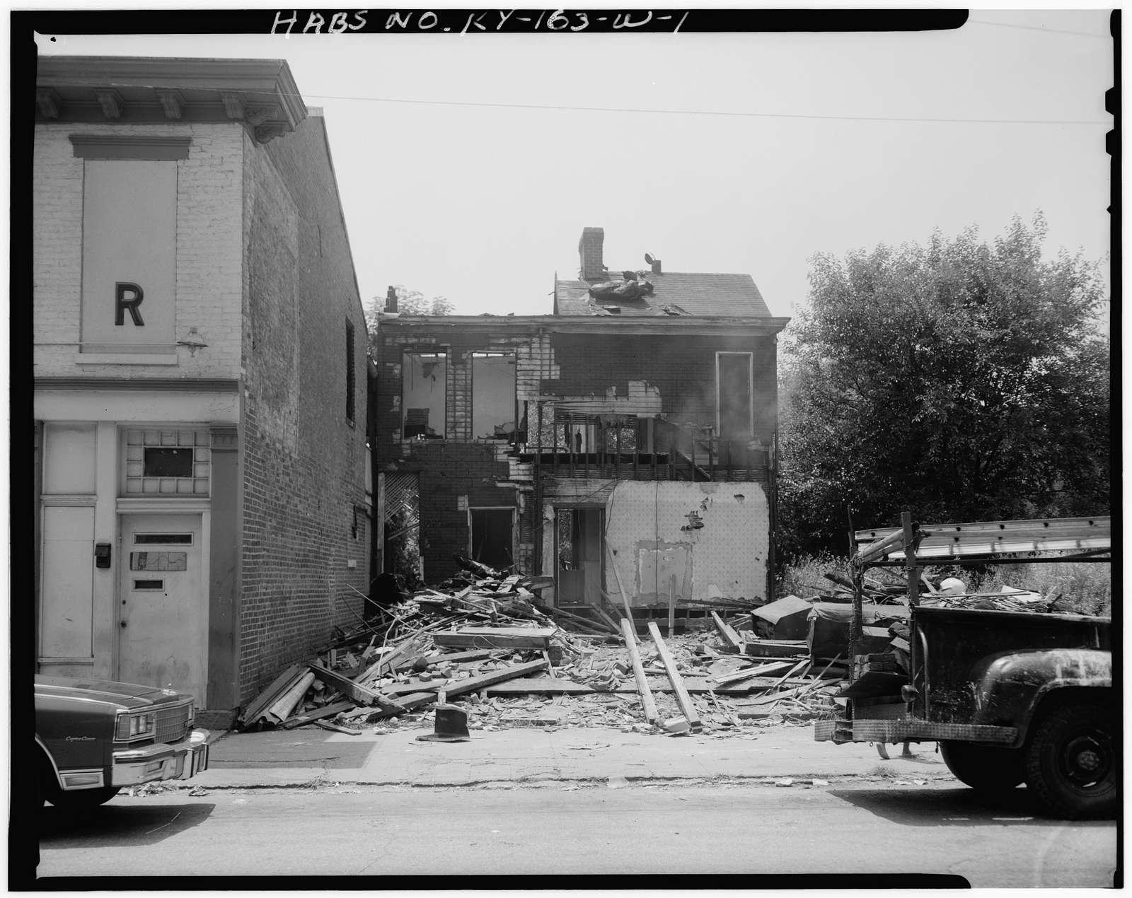 Phoenix Hill Historic District, 736 East Muhammad Ali Boulevard (House), Louisville, Jefferson County, KY