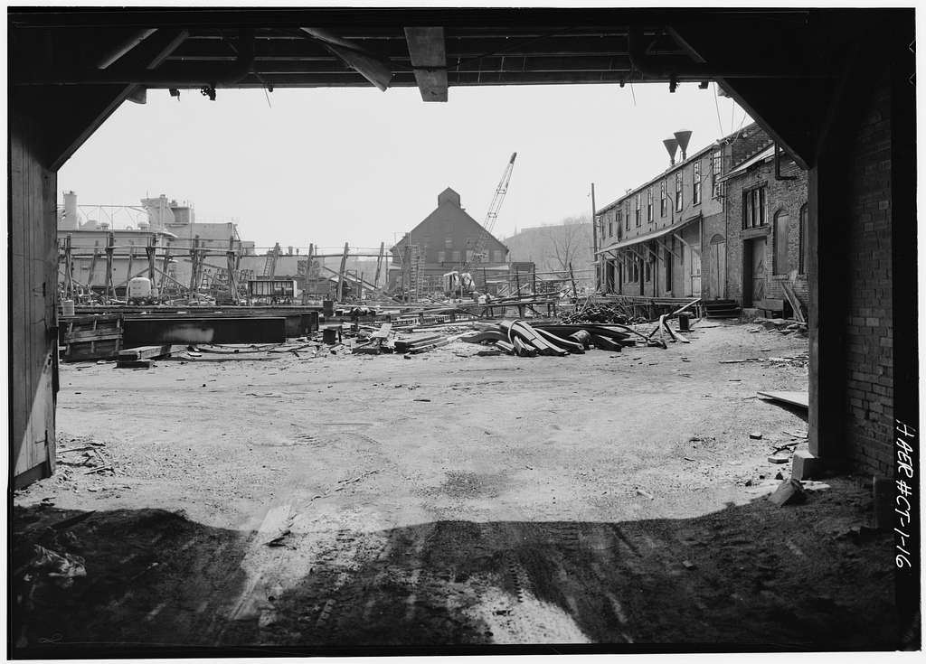 Thames Tow Boat Company, Foot of Farnsworth Street, New London, New London County, CT