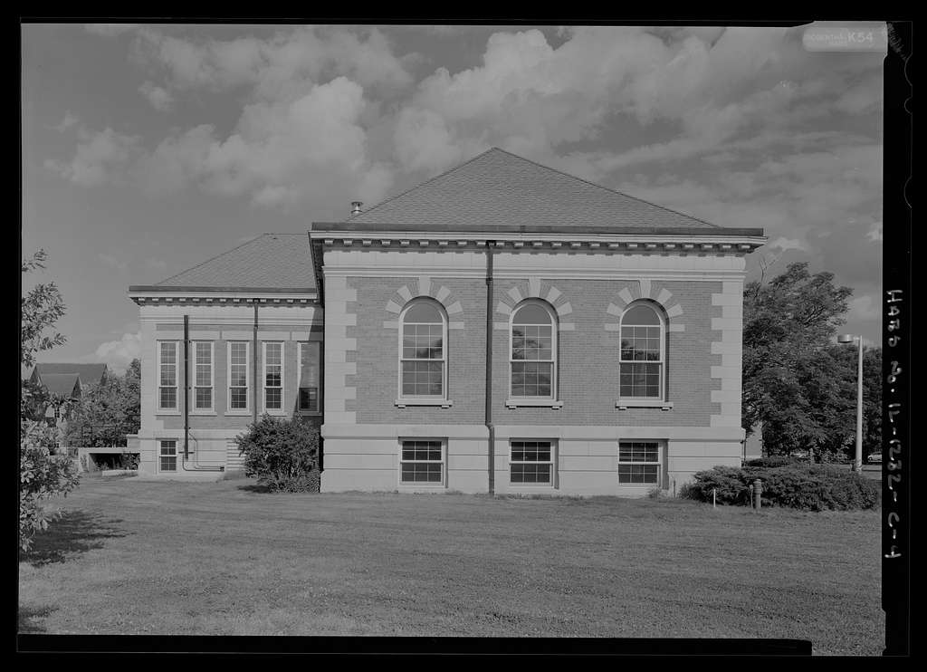 National Home for Disabled Volunteer Soldiers, Danville Branch, Carnegie Library, 1900 and 2000 East Main Street , Danville, Vermilion County, IL
