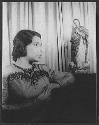 [Portrait of Marian Anderson, Ave Maria]