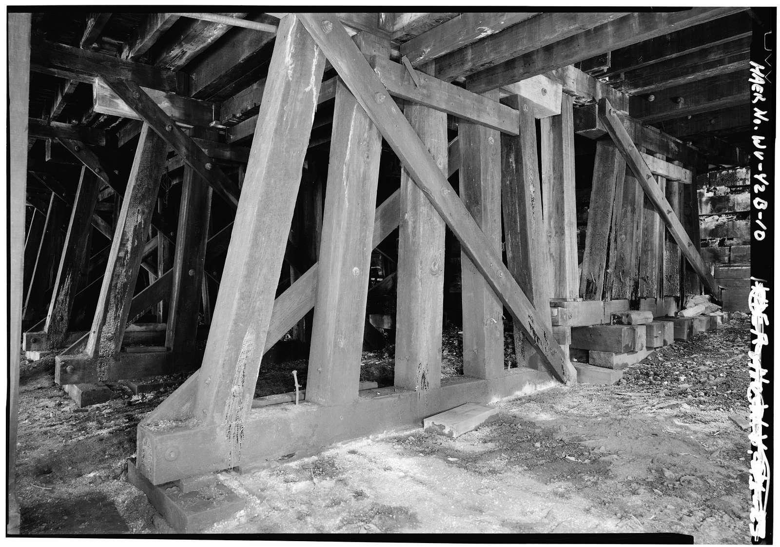 Chesapeake & Ohio Railroad, Engine House, Along south end Thurmond, west of New River Bridge, Thurmond, Fayette County, WV