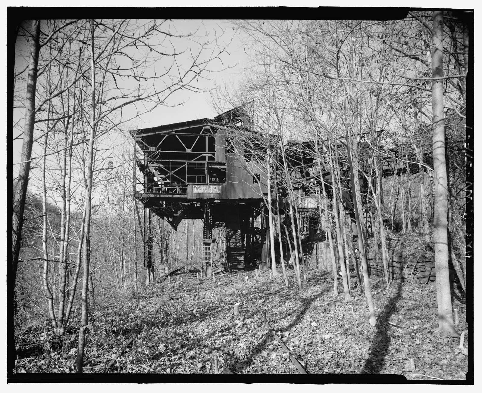 Nuttallburg Mine Complex, Tipple, North side of New River, 2.7 miles upstream from Fayette Landing, Lookout, Fayette County, WV