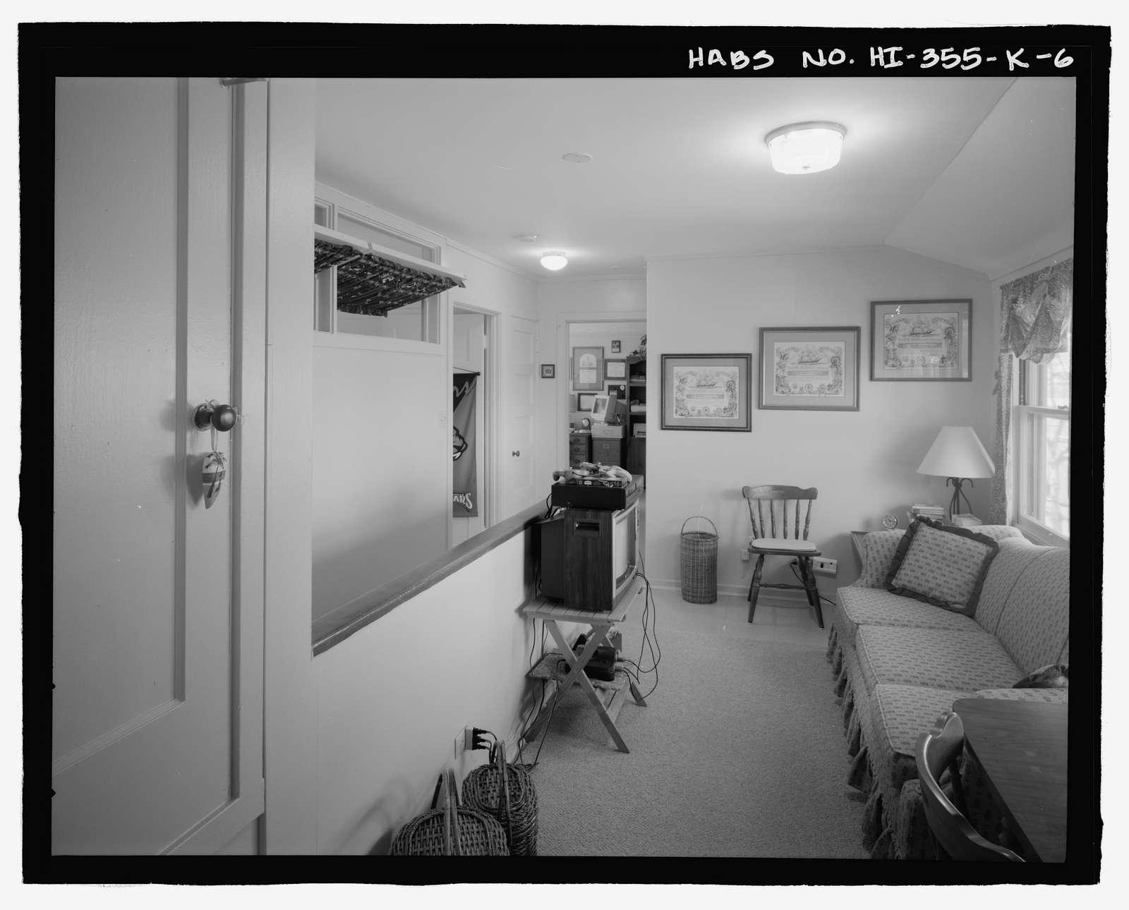 U.S. Naval Base, Pearl Harbor, Naval Housing Area Makalapa, Junior Officers' Quarters Type K, Makin Place, & Halawa, Makalapa, & Midway Drives, Pearl City, Honolulu County, HI